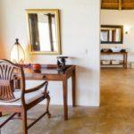 Migombani Luxury Cottage bathroom
